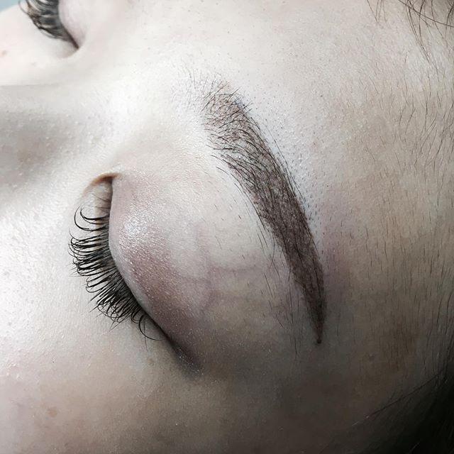ナチュラルな眉の施術。初めてのアートメイクでも安心です!#渋谷 #アートメイク #クリニック #渋谷 #原宿 #permanentmakeup